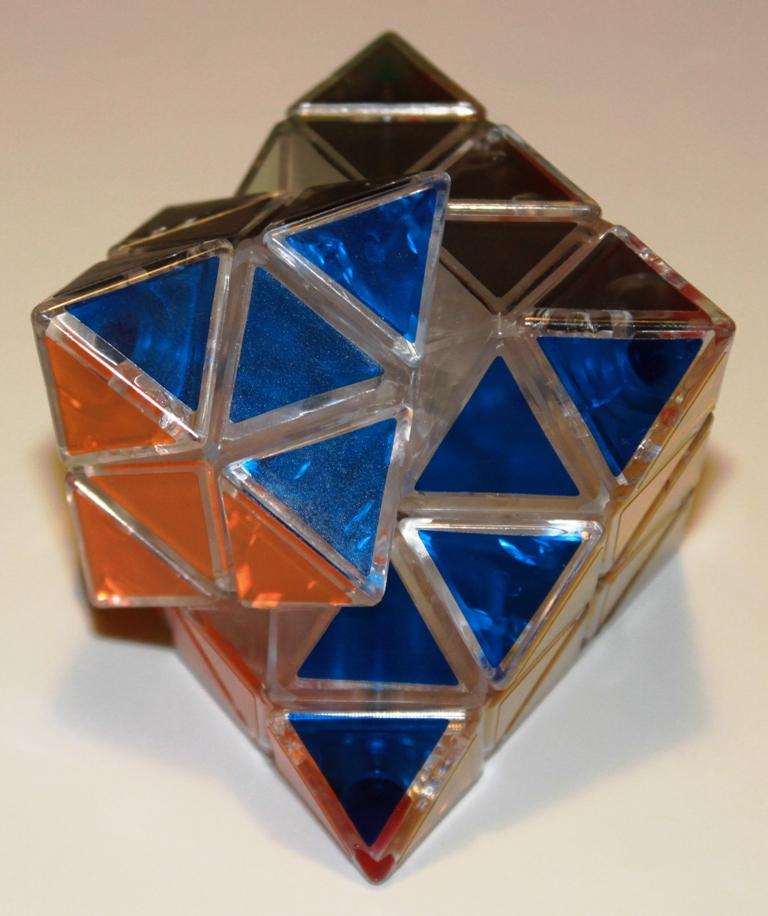 Octahedron Puzzle turn