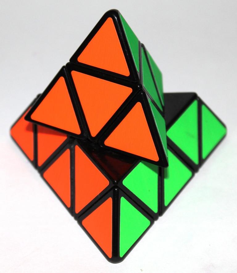 Pyraminx turn